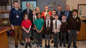 Cllr Ray Puddifoot and the Mayor of Hillingdon with pupils from Lady Bankes Junior School